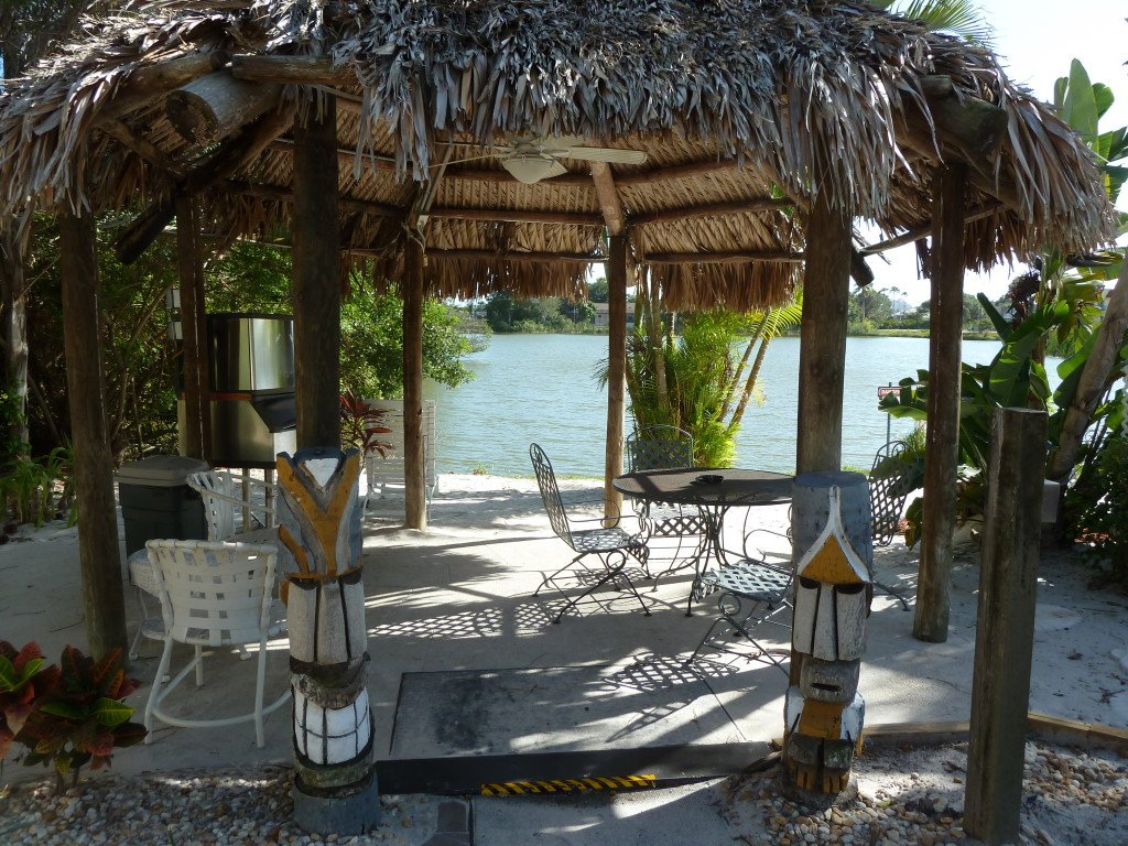 The lounge at the Lakeside Inn, Marco Island, Fla. Photo credit: M. Ciavardini
