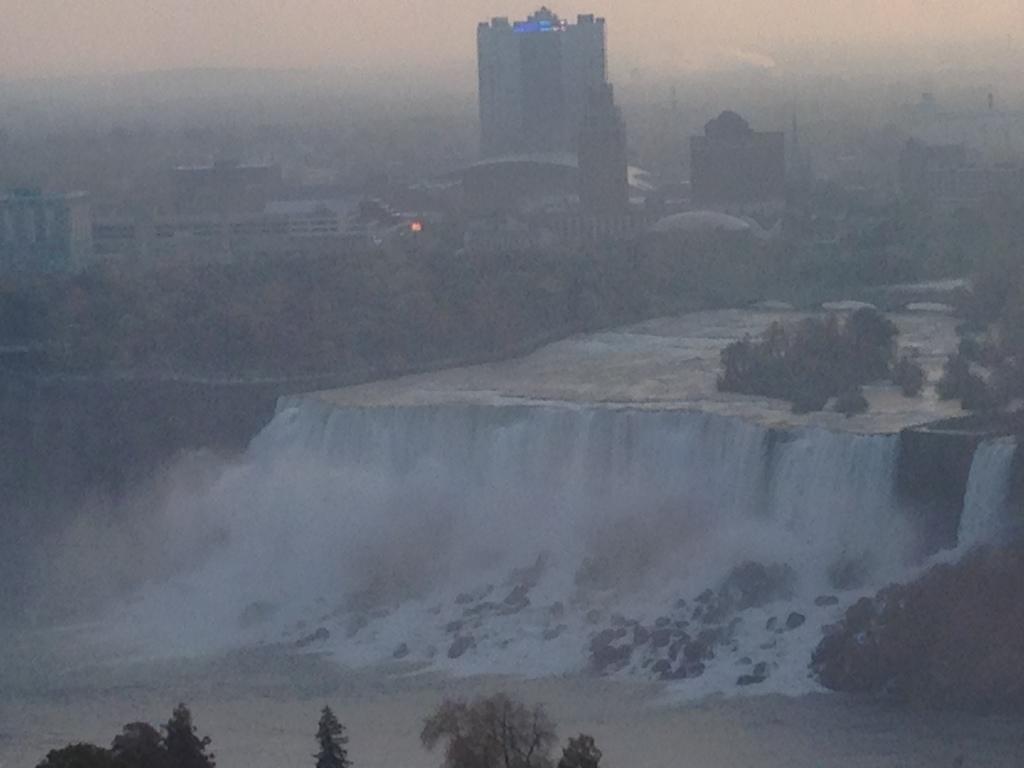 Niagara Falls, early morning Photo credit: M. Ciavardini