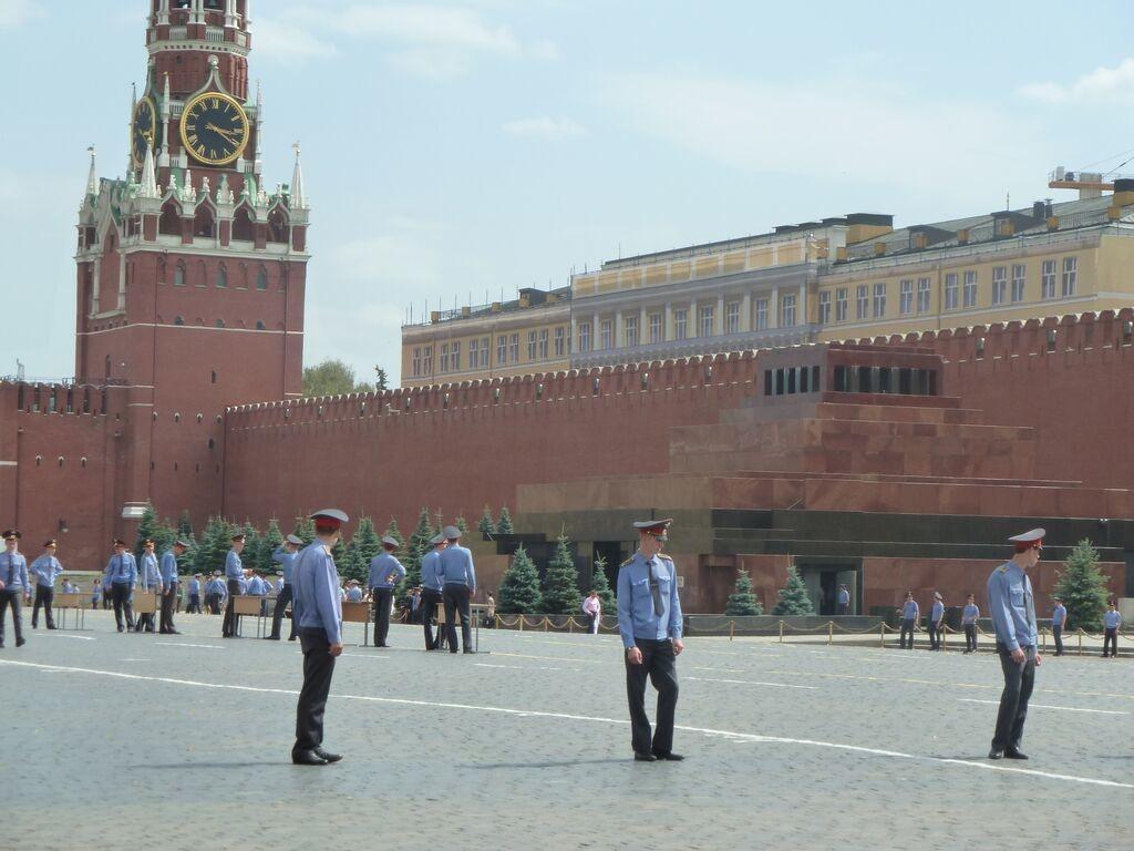 Lenin's tomb in Red Square Photo credit: M. Ciavardini