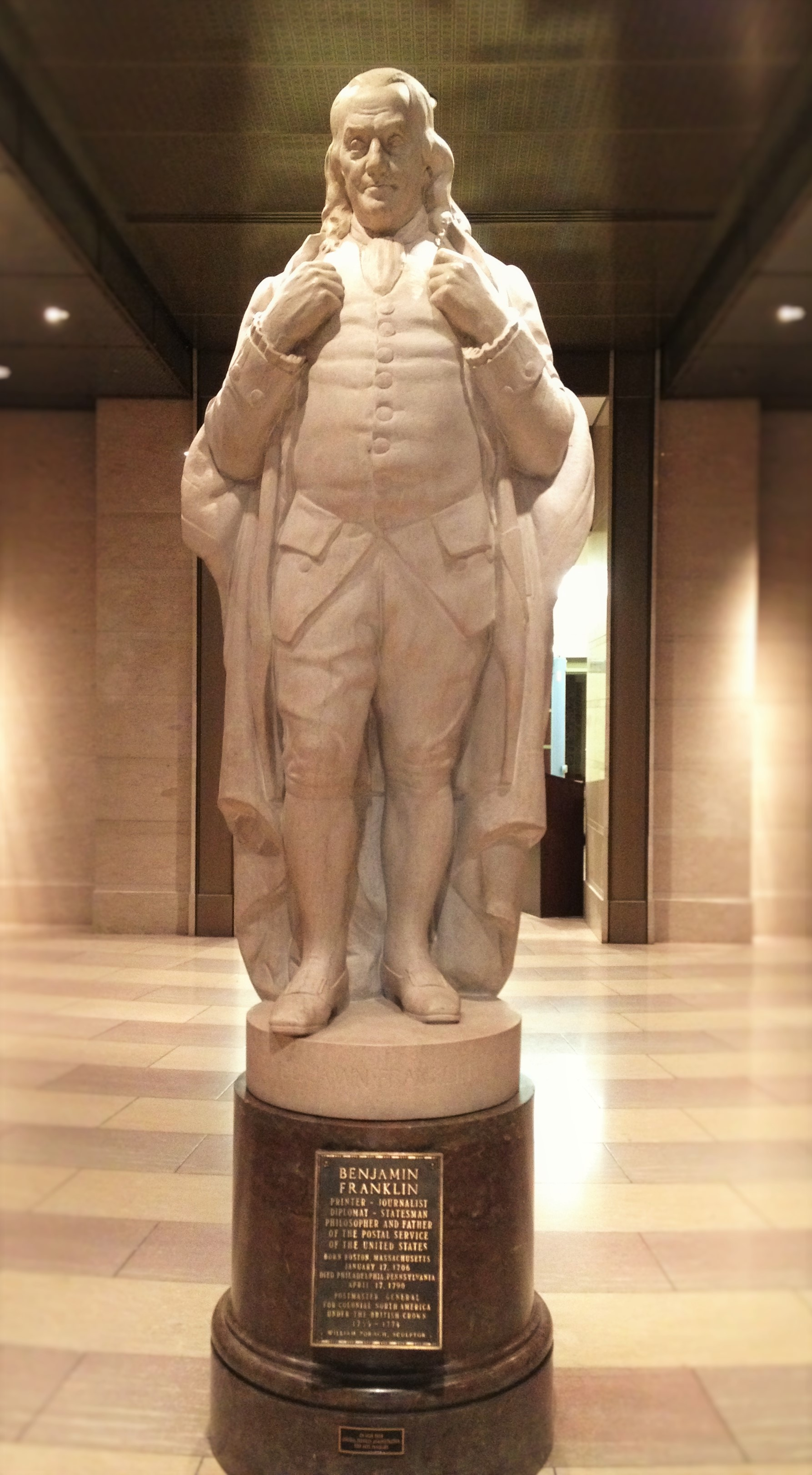A statue of U.S. Founding Father Benjamin Franklin in the National Postal Museum in Washington, D.C. Photo credit: L. Tripoli