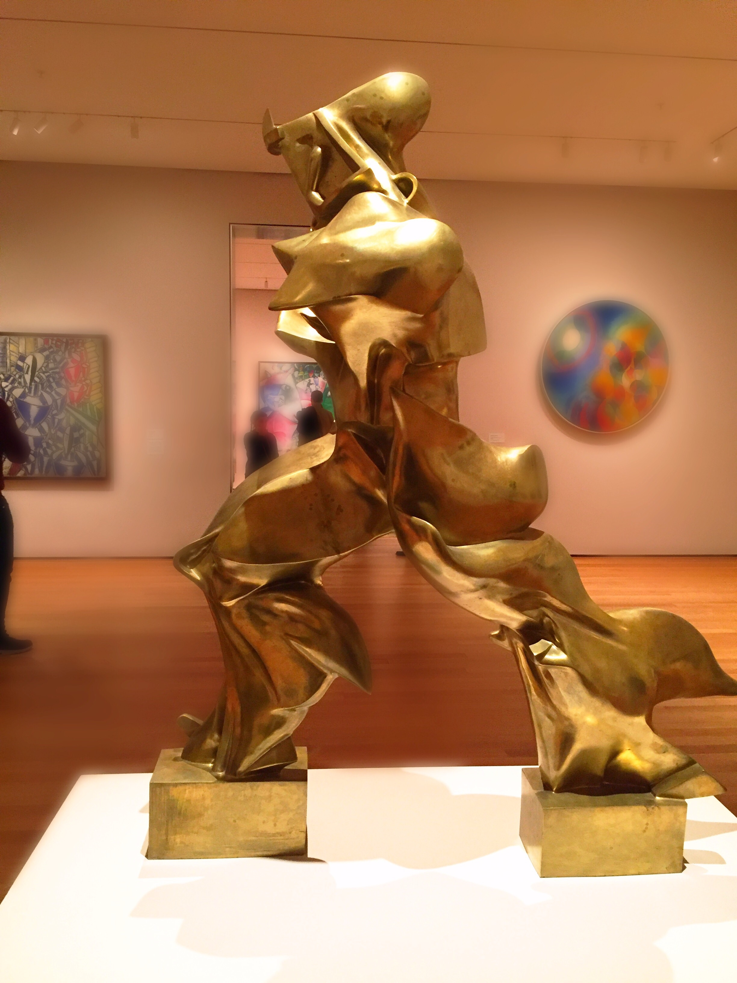 unique forms of continuity in space by umberto boccioni As the principal theorist for the movement, umberto boccioni promoted futurists' themes of movement, dynamism, speed, machine aesthetics, and simultaneity.