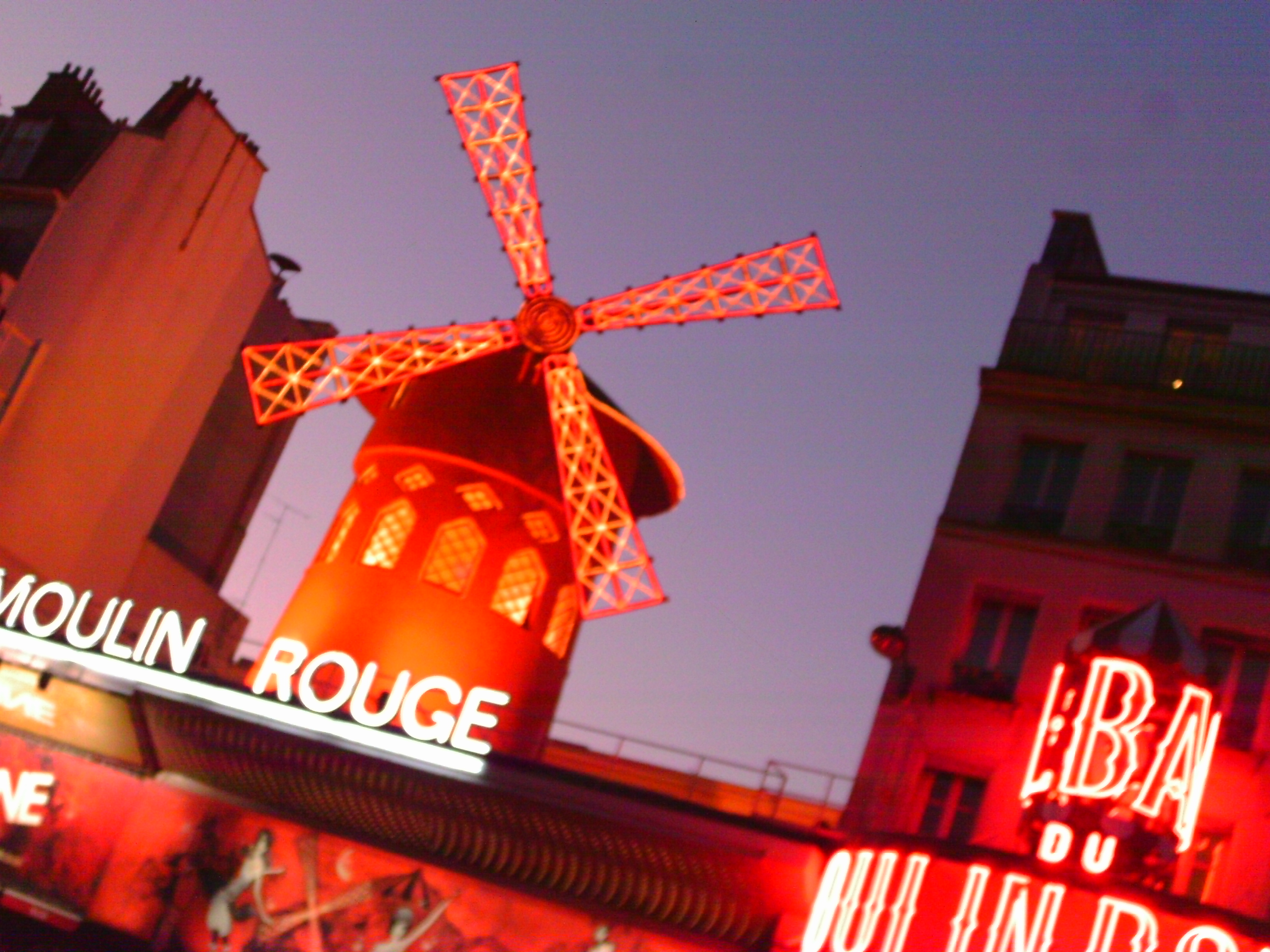 073 Moulin Rouge.JPG