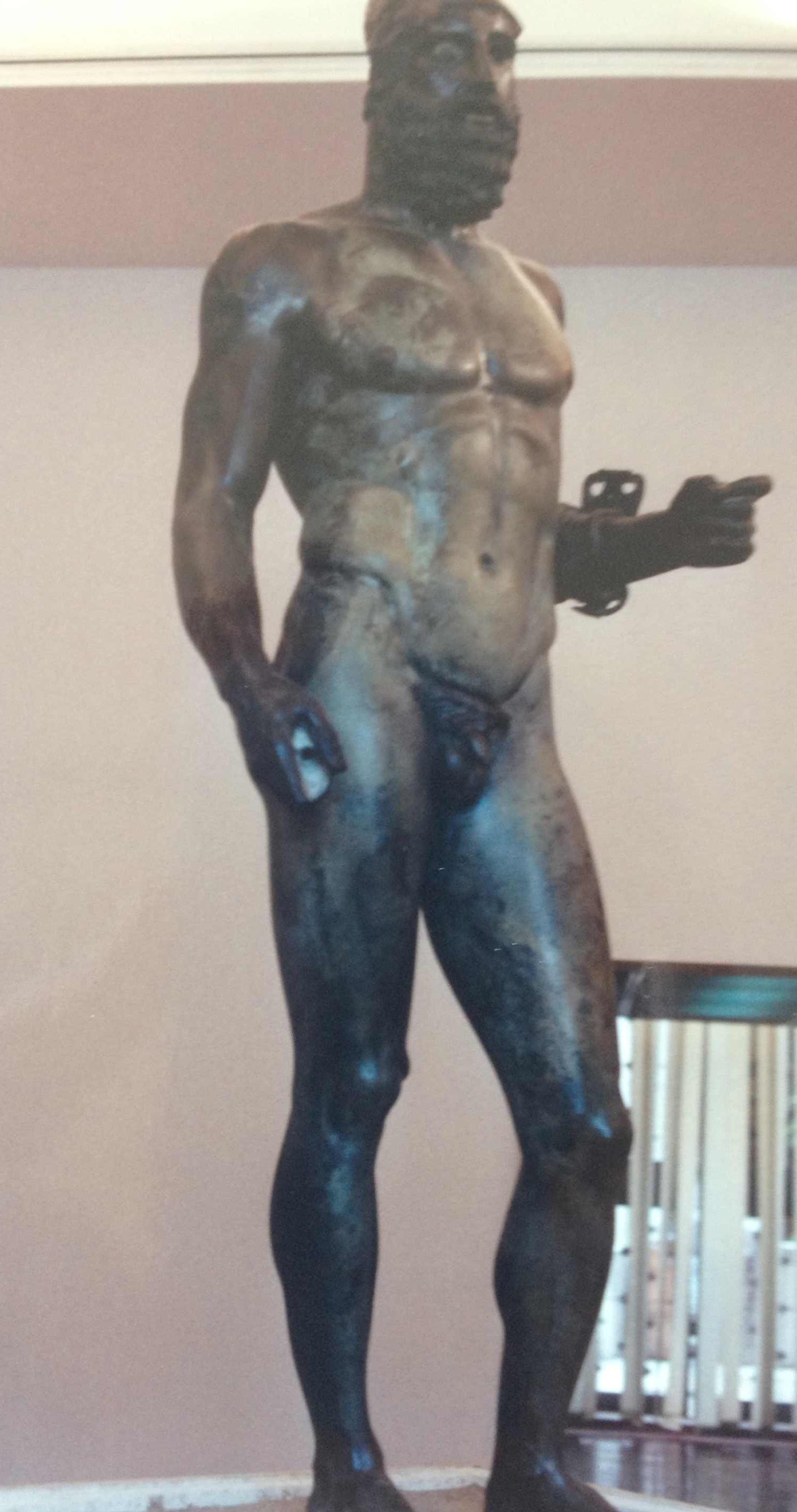 Italy-sea-statues-p1-19891.jpg