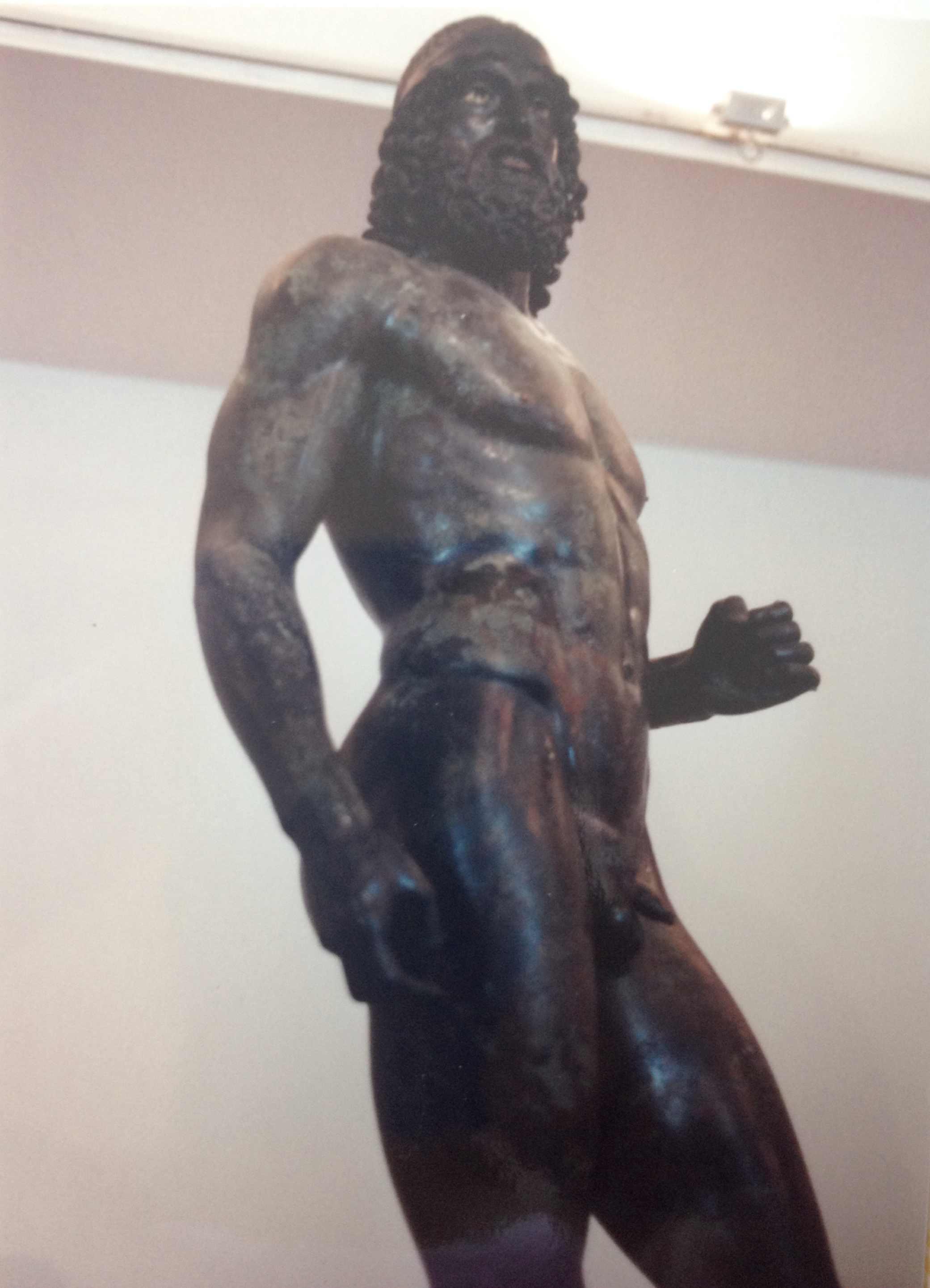 Italy-sea-statues-p3-2.jpg