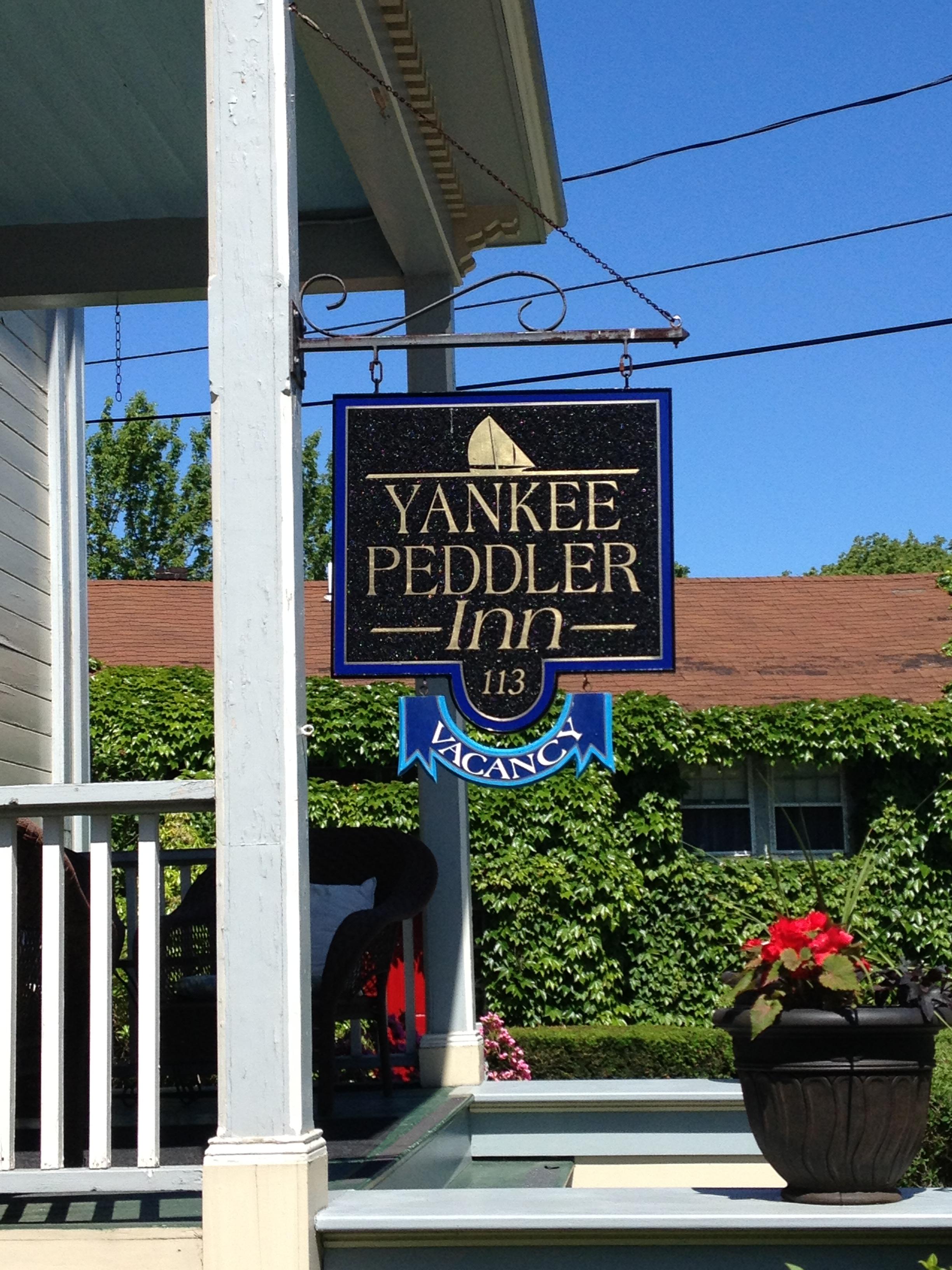 Yankee-Peddler-Inn-sign.jpg