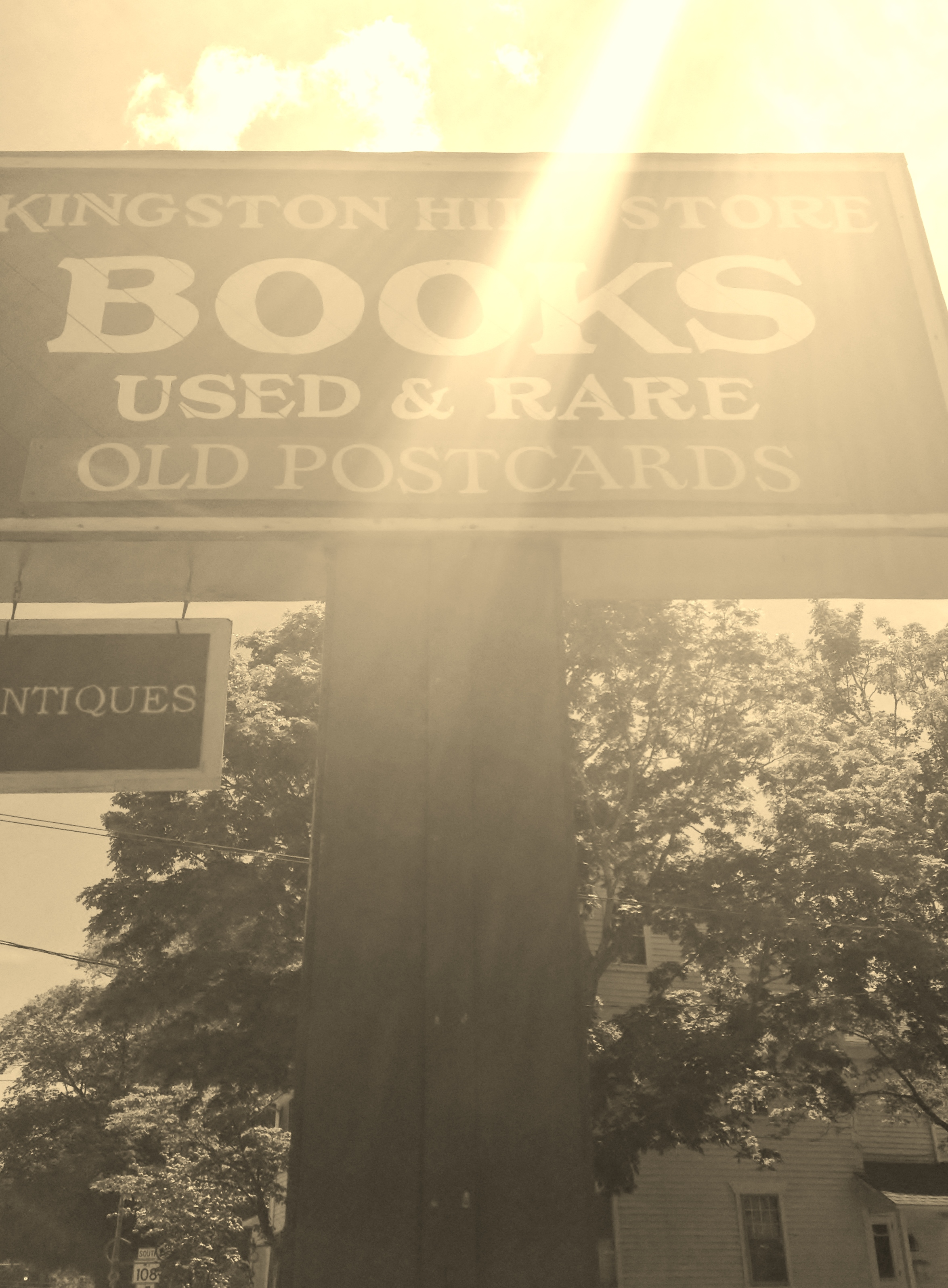 Kingston-Hill-Store-sign.jpg